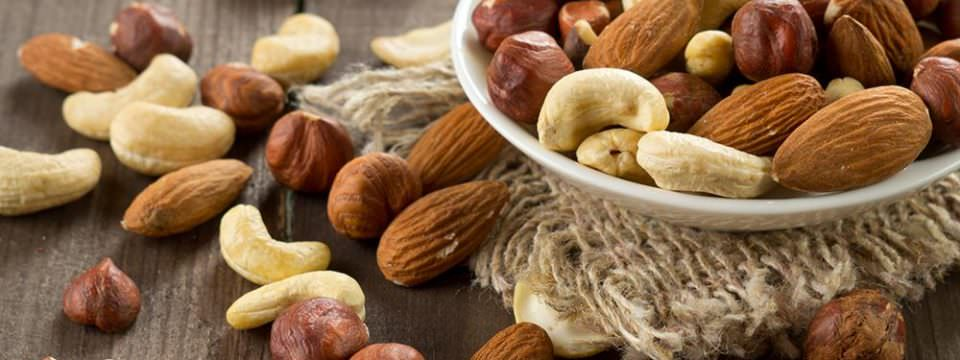 study-finds-consuming-nuts-strengthens-brainwave-frequencies
