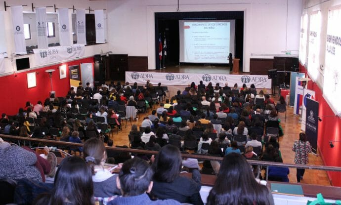 in-chile-adra-promotes-temporary-care-of-children